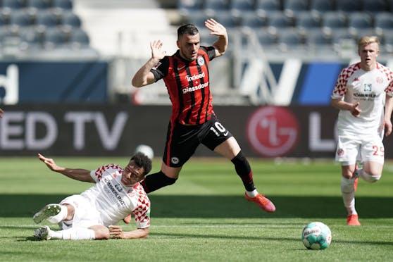 Karim Onisiwo trifft gegen Frankfurt.