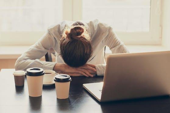 Kaffee als Lösung gegen Müdigkeit? Nur bedingt.