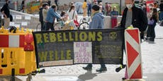 Protestcamp geräumt: 1.659 Euro für Demonstrantin