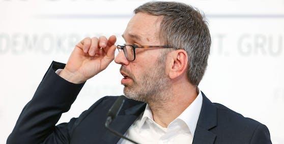 Herbert Kickl wird neuer FPÖ-Chef.