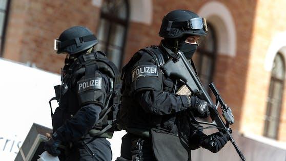 Beamte der Wiener Einsatzeinheit WEGA während des Tags der Wiener Polizei. (Archivbild)
