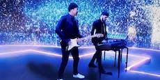Fans pfeifen U2 nach Auftritt bei EM-Eröffnung aus
