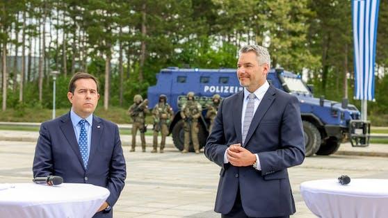 Der griechische Migrationsminister Notis Mitarakis zu Besuch bei Innenminister Karl Nehammer.