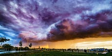 Blitz und Donner läuten die erste Hitzewelle ein