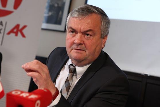 AKOÖ-Präsident Johann Kalliauer gibt Antwort auf arbeitsrechtliche Fragen zur Corona-Impfung.