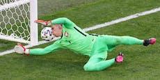 Polen-Goalie schreibt mit Eigentor EM-Geschichte