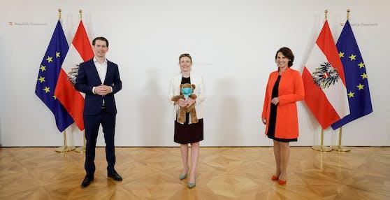 Kanzleramtsministerin Karoline Edtstadler (ÖVP) wird die Agenden von Integrationsministerin Susanne Raab übernehmen, während  sich diese im Mutterschutz befindet.