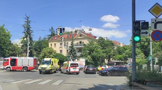 Die Rettung, das Rote Kreuz und das Grüne Kreuz waren vor Ort.