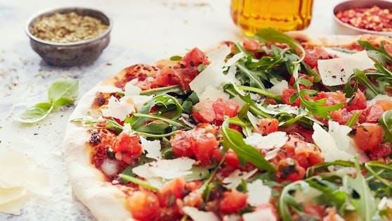 Die beliebte Pizza Bruschetta wird auch weiterhin in den Vapianos in Österreich erhältlich sein.