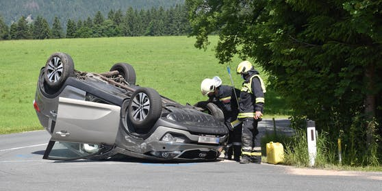 Fahrzeugüberschlag in Angerberg