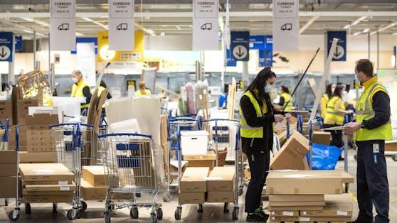 """Weil Ikea in Frankreich hunderte Mitarbeiter über Jahre ausspionierte, hat ein Gericht den schwedischen Möbelkonzern wegen des """"Sammelns persönlicher Daten mit betrügerischen Mitteln"""" schuldig gesprochen."""