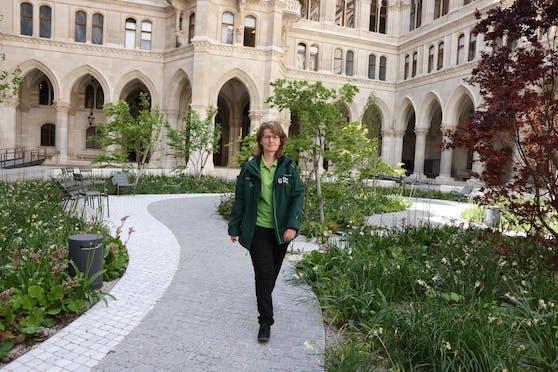 Elke Schmidl, Leiterin der Akutbetreuung Wien, hat einen harten Job.