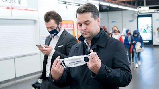 Dominik Nepp will Aus für Maskenpflicht und 3G-Regel.