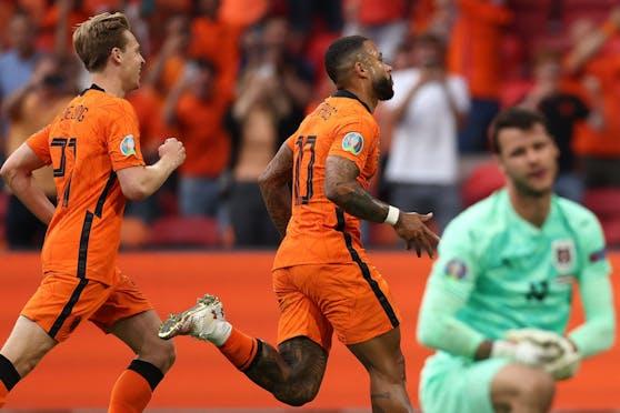 Die Niederlande feiern den Sieg gegen Österreich.