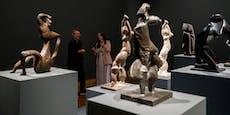 Laufsteg für Skulpturen im Leopold Museum