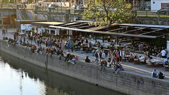 Blick auf den Donaukanal in Wien