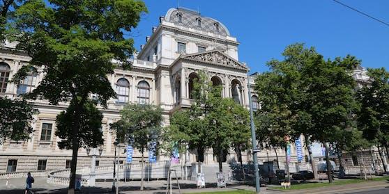 Das Hauptgebäude der Universität Wien. Über 200.000 Studierende in Österreich müssen nebenbei arbeiten.