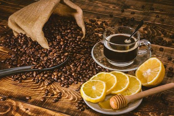 Kaffee mit Zitrone: Ein Diät-Wundermittel?