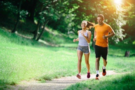 Regelmäßiges Laufen oder Workout tut dem Körper auf vielfache Weise Gutes.