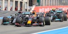 Verstappen schnappt Hamilton im Finish den Sieg weg