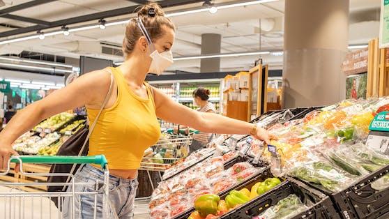 55 Prozent der Österreicher wünschen sich ein Einkaufen ohne Maske.