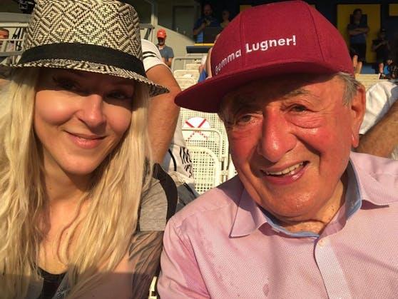 Richard Lugner denkt über die Zukunft mit seiner Simone nach.