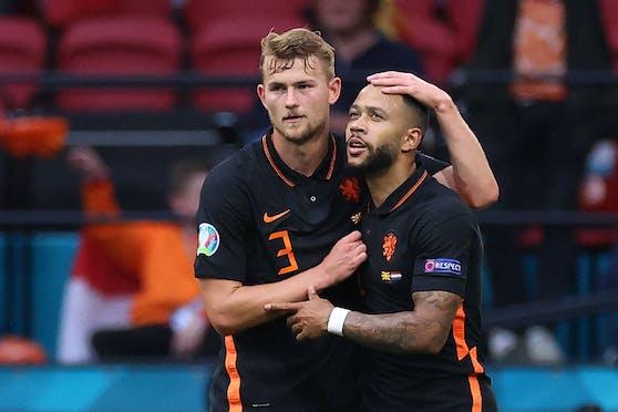 Die Niederländer jubeln gegen Nordmazedonien.