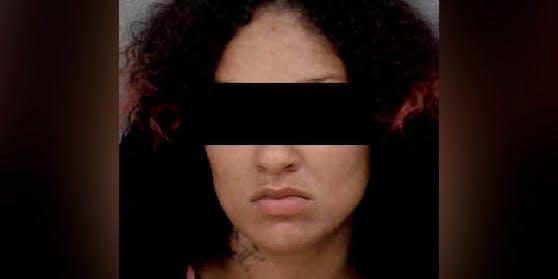 Malikah B. soll ihre Tochter mit Folter getötet haben.