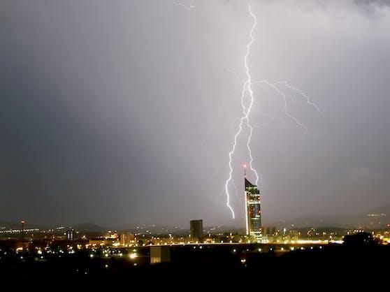 Ein Gewitter über Wien. Symbolbild