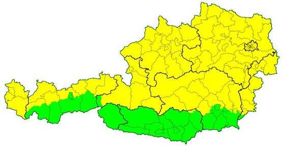 Für beinahe ganz Österreich haben die Wetter-Experten der UWZ eine Gewitter-Vorwarnung (gelb) ausgegeben.