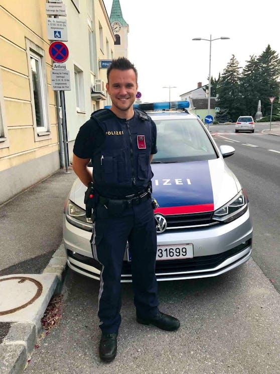 Ein Nachbar und Polizist Patrick rettete der Frau das Leben.