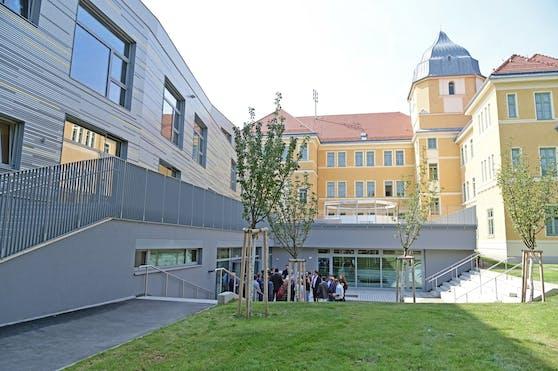 Was in der offene Volksschule Korbgasse in Wien-Liesing schon Realität ist, soll bis 2023 in 195 weiteren Wiener Schulen kommen: Ein sicheres und modernes WLAN.