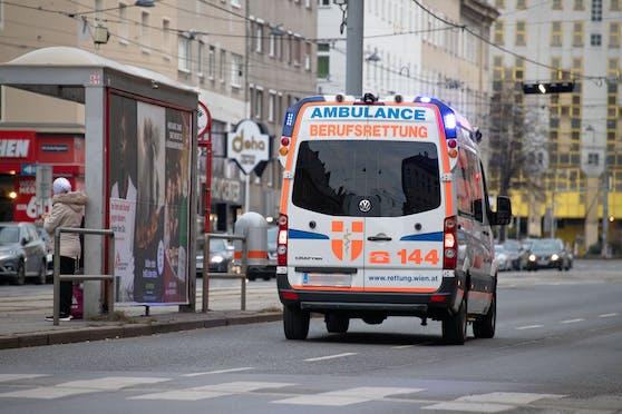 Ein Rettungswagen (RTW) der Wiener Berufsrettung (Symbolfoto)