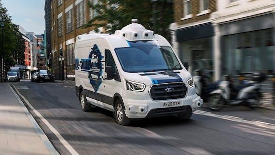 Autonomer Ford-Transporter im Einsatz
