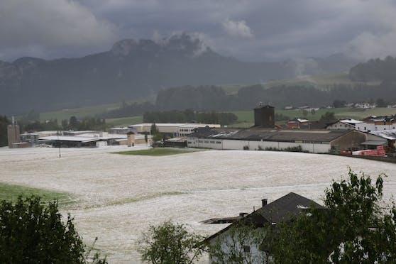 Hagel im Raum Mondsee: Schwere Unwetter haben am 22. Juni 2021 zu zahlreichen Feuerwehreinsätzen geführt