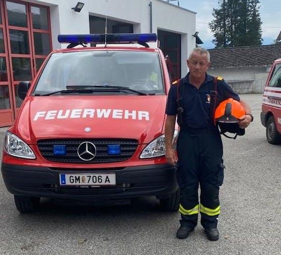 Ein Arbeitskollege von Christian Gruber (57) hat seinen Urlaub storniert, damit der 57-Jährige Unwetter-Opfern helfen kann.