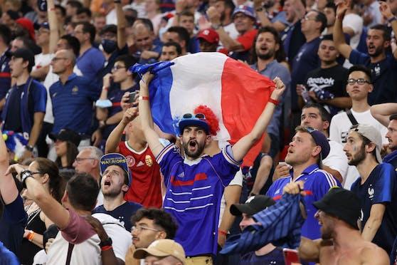 Französische Fans in der Budapester Puskas Arena.