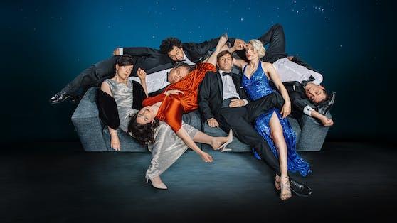 Niavaranis neue Revue: Bis Ende August im Theater im Park.