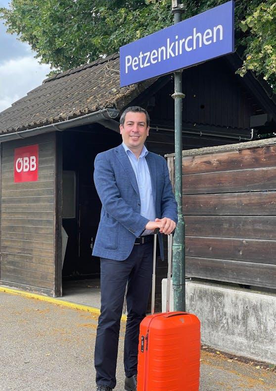 EU-Abgeordneter Günther Sidl fährt seit zwei Jahren seine Dienststrecke immer mit dem Zug.