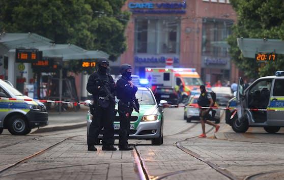 Am Freitag tötete ein 24-Jähriger in Würzburg drei Menschen und verletzte weitere Personen teilweise schwer.