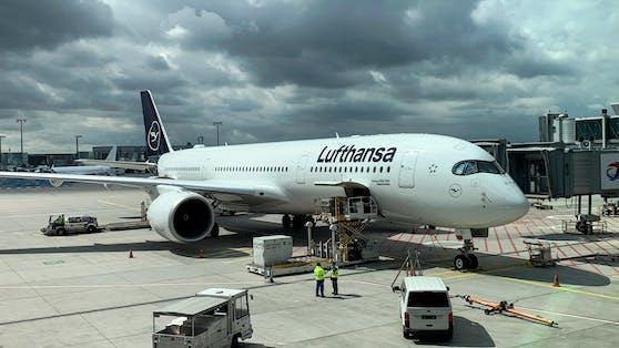 Eine Lufthansa-Maschine.