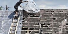 40 Dächer abgedeckt: Nach Hagel wütete Sturm in Walding