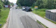 Lenker (38) crasht Busstopp, verletzt Mann und flüchtet