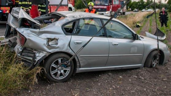Drei Verletzte forderte ein Crash.