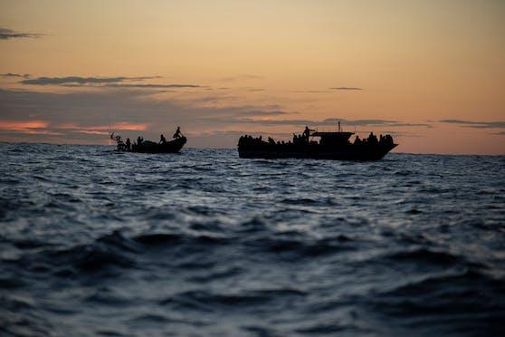 In der Nähe der Küste der Turks- und Caicosinseln wurden 20 Personen tot auf einem Boot treibend gefunden. Darunter waren auch zwei Kinder. (Symbolbild)