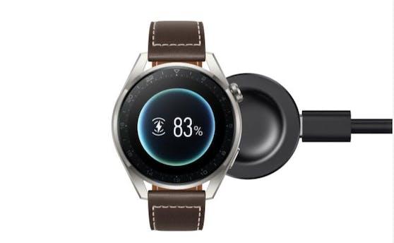 Huawei Watch 3 Serie:Der edle Alltagsbegleiter unterstützt mit einer ausdauernden Akkulaufzeit von bis zu 3 Wochen.