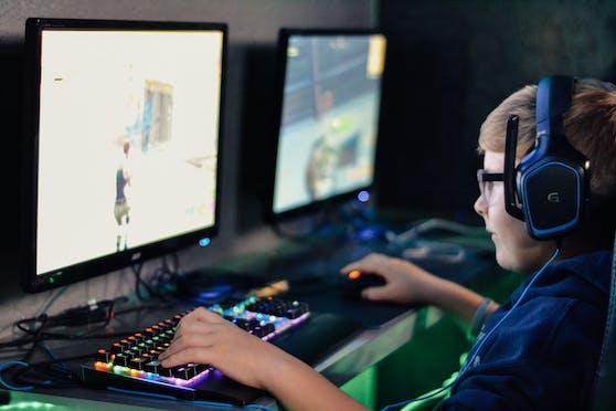 Gaming-Sucht nimmt unter Jugendlichen zu, warnen Experten.