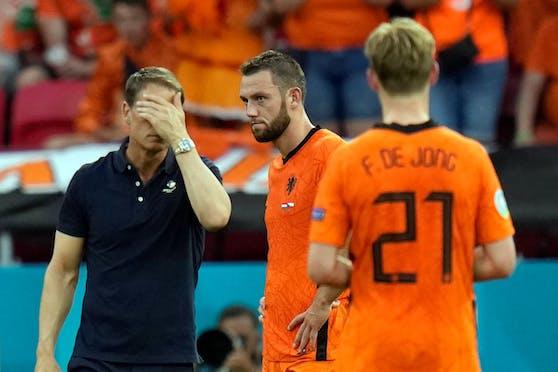 Frank De Boer muss als Bondscoach gehen.