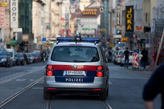 Polizeiauto im Einsatz in Graz. (Symbolbild)
