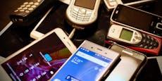 Österreicher verschenken jetzt massenhaft Handys